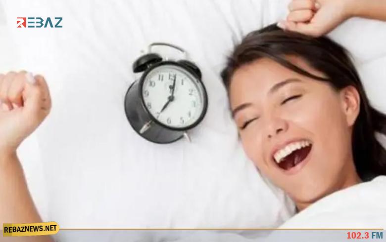أطعمة تحسن النوم