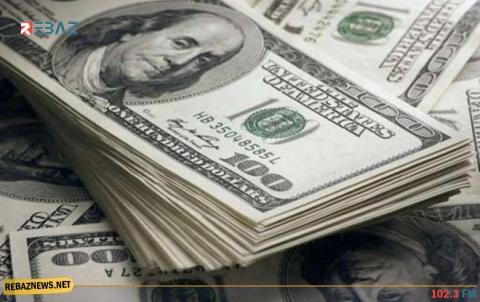 الدولار يرتفع لأعلى مستوى في عامين