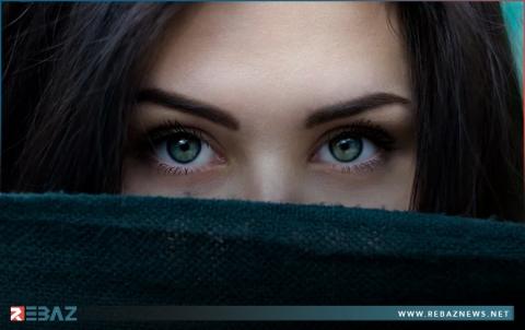 طبيبة تتحدث عن إمكانية تغير لون العينين مع التقدم في السن